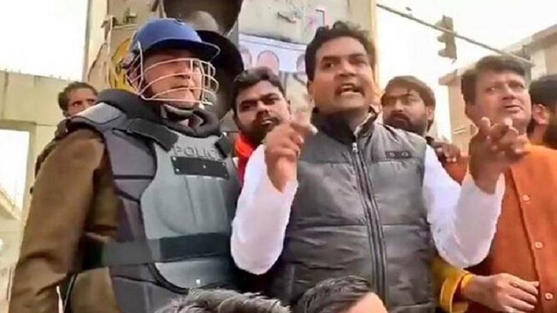 Photo of दिल्ली हिंसा मामले में बीजेपी नेता कपिल मिश्रा के खिलाफ बिहार में केस