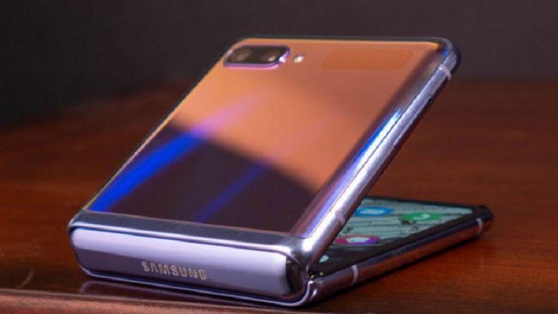 Photo of Galaxy Z Flip: 1.10 लाख रुपये का फोल्डेबल स्मार्टफोन इस माह के अंत तक भारत में होगा लॉन्च