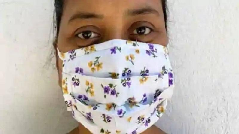 Photo of अमेरिका के बाद भारत सरकार ने भी कहा, कोरोना से बचा सकता है घर पर बना मास्क भी, पहनकर ही निकलें