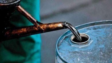 Photo of दुनियाभर में बिक रहा है पानी से सस्ता कच्चा तेल, 3 मई के बाद भारत के लिए बन सकता है वरदान