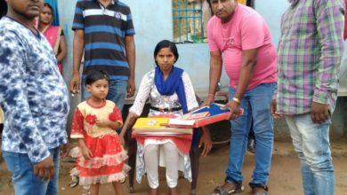 Photo of पलामू : जिले के विश्रामपुर प्रखंड क्षेत्र अंतर्गत पंजरी कला निवासी- पन्तु प्रजापति ने अपनी लड़की की शादी की